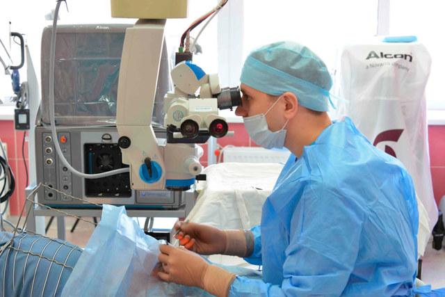 Деструкция стекловидного тела: механизм образования, симптомы, 4 принципа лечения