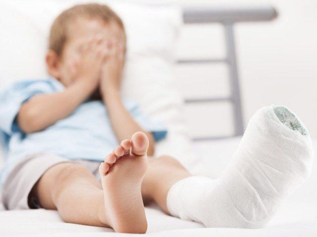 Артрит у детей: 5 методов диагностики и 6 основных принципов лечения