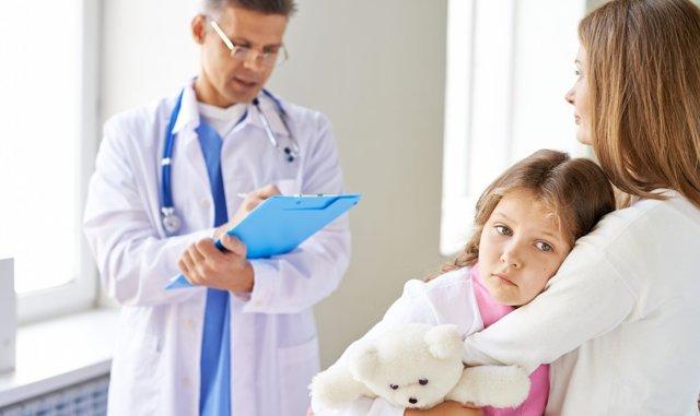 Аденоидит у детей: 7 возможных осложнений и показания к операции