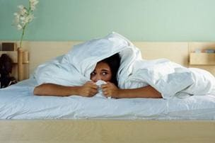 Агорафобия: 3 группы причин, основные симптомы, 2 метода лечения