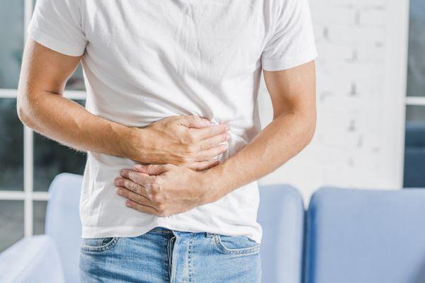 Постхолецистэктомический синдром: 10 симптомов, 12 групп медикаментозных препаратов и 8 рекомендаций по диете